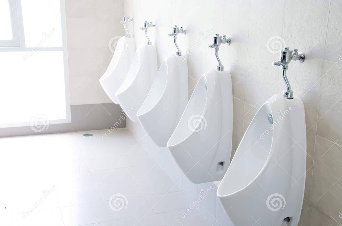 men-toilet-18757871
